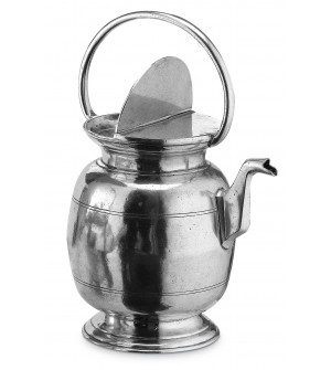 Pewter water jug h cm 36